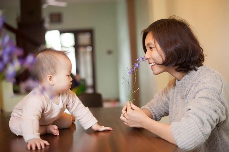 Nhiếp ảnh gia chuyên chụp ảnh cho bé sơ sinh