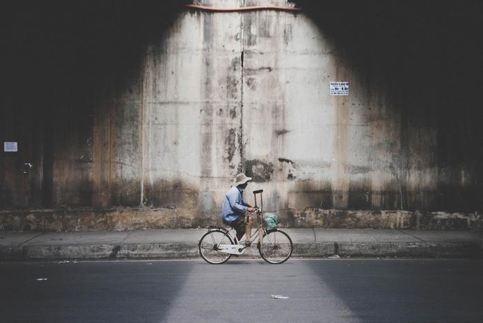 Sài Gòn tối giản mà ấn tượng qua loạt ảnh siêu tưởng của nhiếp ảnh gia người Tây Ban Nha Victor Morante