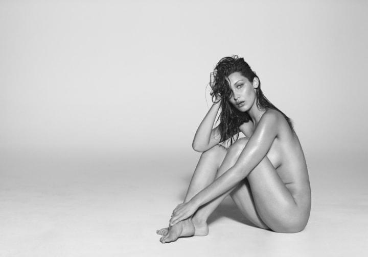 Loạt ảnh khỏa thân giá nghìn USD chụp các thiên thần Victoria's Secret